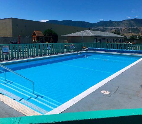 5000 Motel Pool